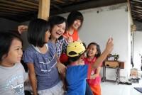 https://www.teachforindonesia.org/wp-content/uploads/2013/02/DSCN05941-938x703.jpg