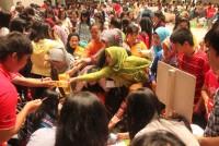 https://www.teachforindonesia.org/wp-content/uploads/2013/02/GarageSale-3-938x625.jpg