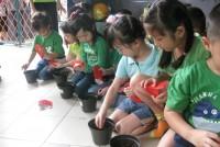 https://www.teachforindonesia.org/wp-content/uploads/2013/04/IMG_0488.jpg