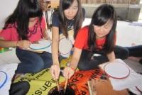 https://www.teachforindonesia.org/wp-content/uploads/2013/04/IMG_2289.jpg