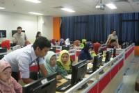 https://www.teachforindonesia.org/wp-content/uploads/2013/05/IMG_0369.jpg