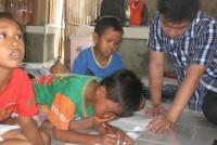 https://www.teachforindonesia.org/wp-content/uploads/2013/05/IMG_0640.jpg