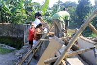 https://www.teachforindonesia.org/wp-content/uploads/2013/07/MG_0675.jpg