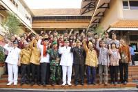 https://www.teachforindonesia.org/wp-content/uploads/2013/09/IMG_0487-938x625.jpg