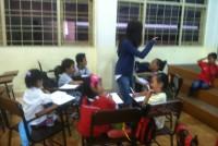 https://www.teachforindonesia.org/wp-content/uploads/2013/09/IMG_2103-938x700.jpg
