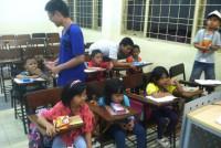 https://www.teachforindonesia.org/wp-content/uploads/2013/09/IMG_2185-938x700.jpg
