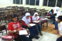 https://www.teachforindonesia.org/wp-content/uploads/2013/09/IMG_2189-938x700.jpg