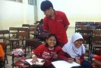 https://www.teachforindonesia.org/wp-content/uploads/2013/09/IMG_2227-938x700.jpg